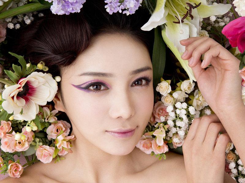 18年新娘秘书化妆师跟妆上门试妆彩妆造型妈妈妆美甲