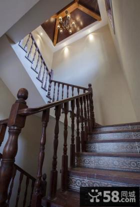 别墅房屋楼梯装修图排难