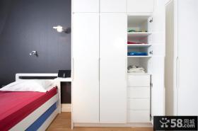 小空间卧室大衣柜门图片欣赏