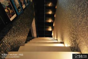 跳空跃层楼梯效果图