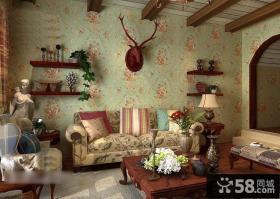 客厅复古碎花壁纸效果图