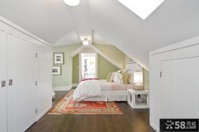 现代风格斜顶阁楼卧室装修效果图大全2012图片