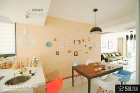 现代风格小厨房餐厅背景墙装修效果图