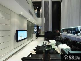 现代风格黑白会复式楼客厅电视背景墙装修效果图