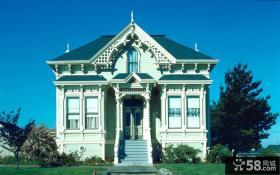 欧式古典三层别墅设计图