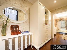 白色简约家居衣柜设计效果图