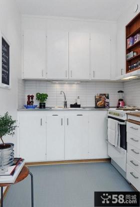 80后白领晒出小户型客厅电视背景墙家装效果图