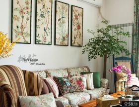 美式田园风格客厅彩色装饰画效果图