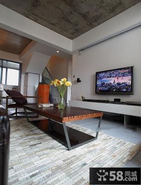 复式楼家庭装修客厅电视背景墙