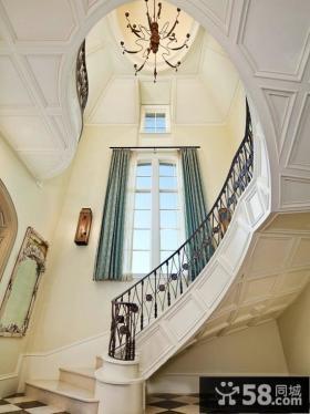 欧式高档装修室内楼梯窗帘效果图
