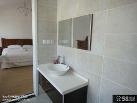 复式主卧室卫生间装修效果图