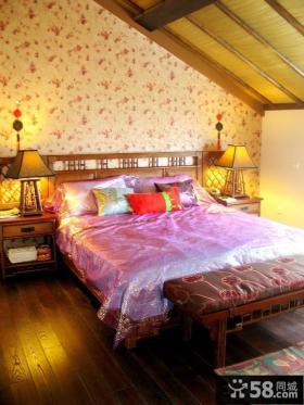 斜顶阁楼卧室壁纸背景墙装修效果图大全