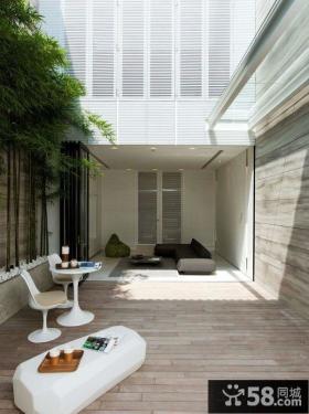 极简主义风格封闭式阳台设计图片
