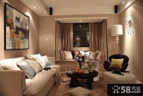 现代小户型温馨客厅飘窗效果图