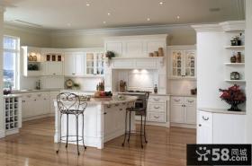 白色欧式大厨房装修效果图片