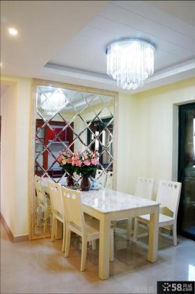 简约家庭餐厅吊顶灯效果图