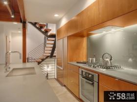 别墅厨房不锈钢台面效果图
