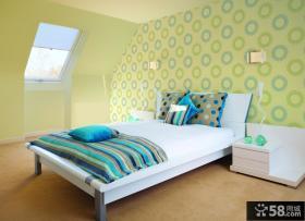 温馨卧室绿色墙纸效果图