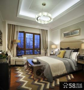 装修室内美式卧室吊顶图