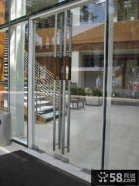 阳台玻璃门设计