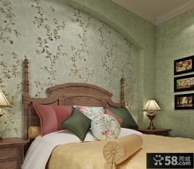 卧室墙复古碎花壁纸效果图
