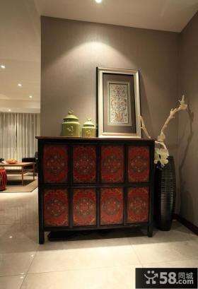 新中式客厅玄关装修效果图