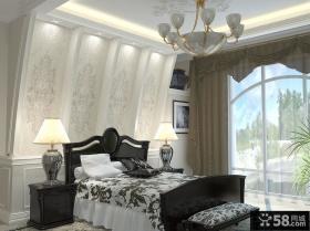 现代欧式主卧室背景墙装修效果图