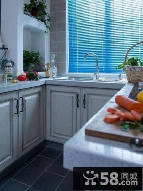 地中海风格复式厨房图片