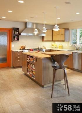小户型家居厨房吧台橱柜装饰