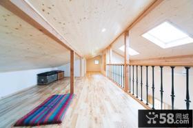 日式楼梯间实木地板效果图