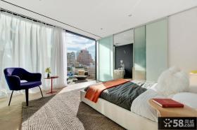 简约风格卧室带阳台装修效果图欣赏