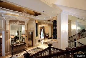 欧式古典豪华别墅楼梯间装修设计