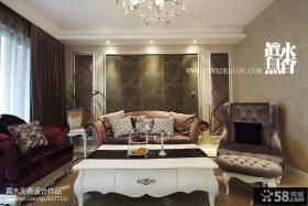 三居室新古典风格壁纸背景墙客厅沙发摆放设计