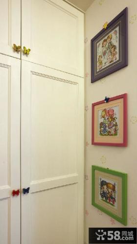 儿童房墙上装饰画图片