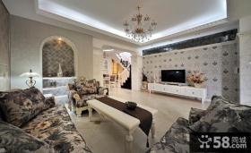 欧式复式客厅电视背景墙装修效果图片