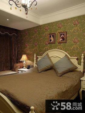 欧式风格三居卧室墙纸效果图