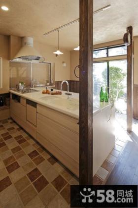 美式乡村风格厨房地板砖效果图
