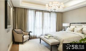 卧室纯色窗帘装修效果图