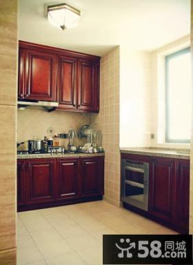 小厨房实木橱柜装修设计
