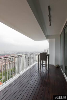 简约风格家庭大阳台装修设计