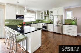 简欧风格一体式厨房装修设计