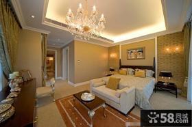 欧式风格卧室水晶灯吊顶设计