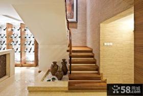 东南亚风格复式楼梯装修图片