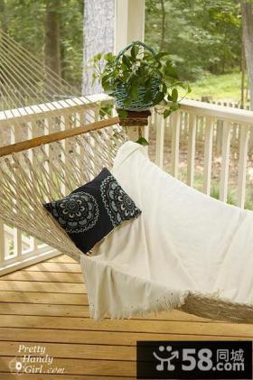 阳台休闲吊床装修