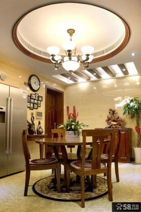 古香古色三室一厅餐厅装修图