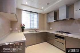 优质U型厨房橱柜效果图