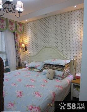 温馨欧式卧室墙纸图片大全