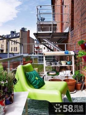 小户型露天阳台休闲椅装修效果图片