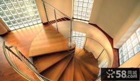 复式楼家庭旋转楼梯设计