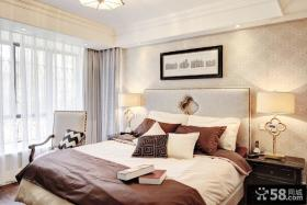 二居室卧室床头背景墙装修效果图